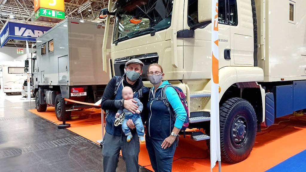 Hier ein Bild von einem der - wahrscheinlich - jüngsten Besucher des diesjährigen Caravan Salon Düsseldorf. Er heißt Jona Taavi und ist gerade 4 Monate alt. (Foto: tom/dkf)