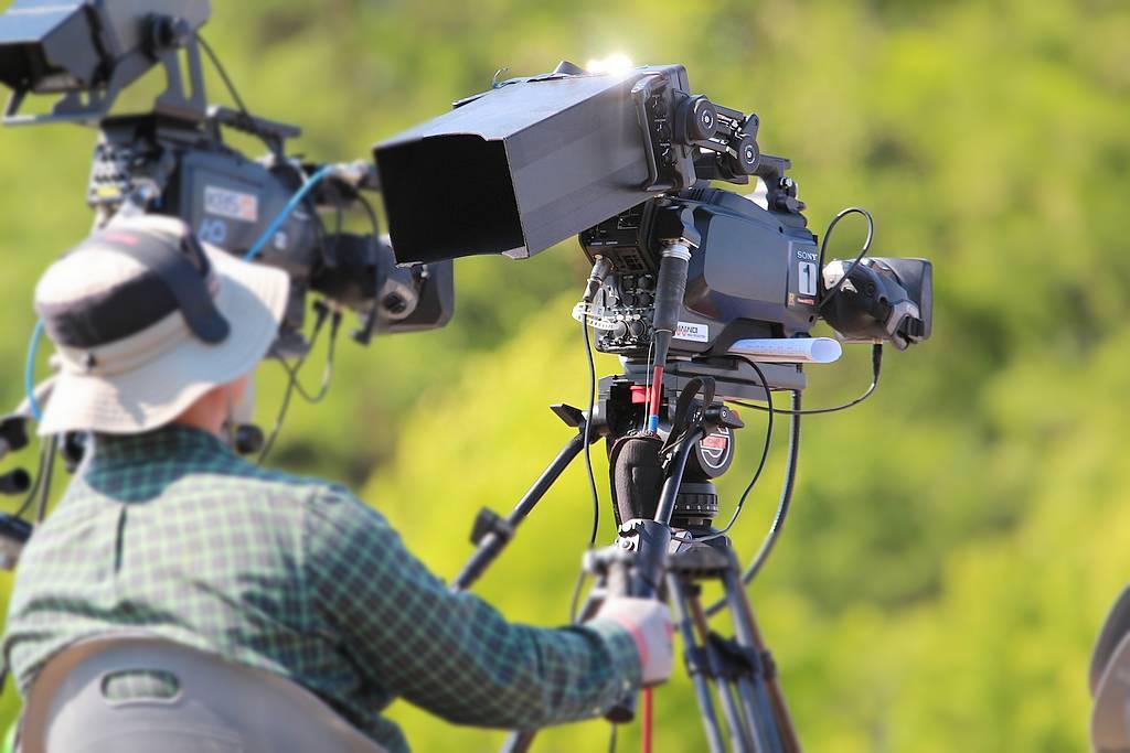 Wir produzieren tolle Videos und haben immer ihre Wünsche im Fokus. (Foto: manseok_Kim/pixabay.com