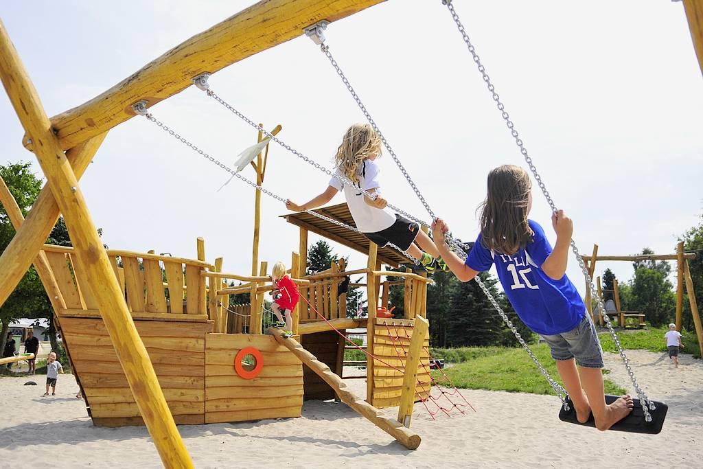 Viele Sportmöglichkeiten werden geboten. Das Angebot für Kinder ist umfangreich und macht Laune. (Foto: Camping Falkensteinsee)