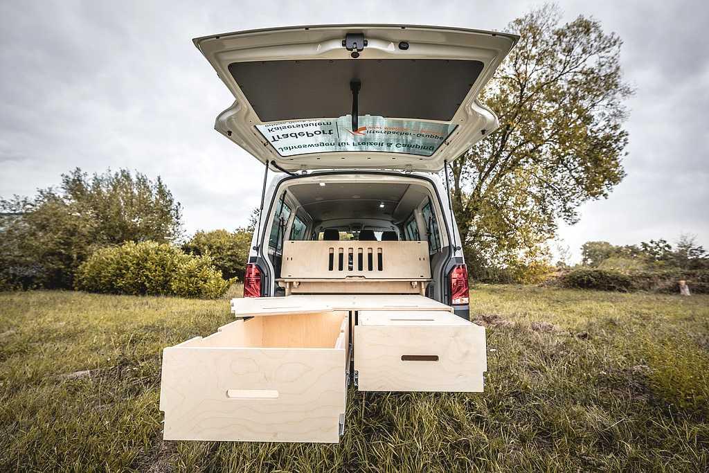 Die ausziehbaren Campingboxen bringen einen echten Platzgewinn und sind sehr komfortabel. (Foto: Hornbach)