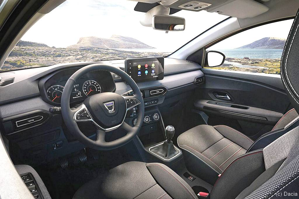 Dacia Jogger: Das Cockpit wirkt aufgeräumt und funktional. (Foto: Dacia)