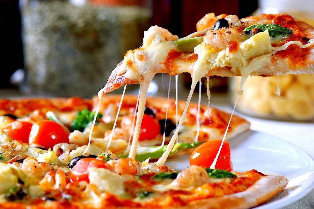 Berühmt für Pizza, Pasta und Vino! Das ist auch Italien! (Foto: DesignDrawArtes; pixabay.com)